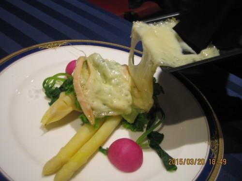 季節の野菜とラクレット